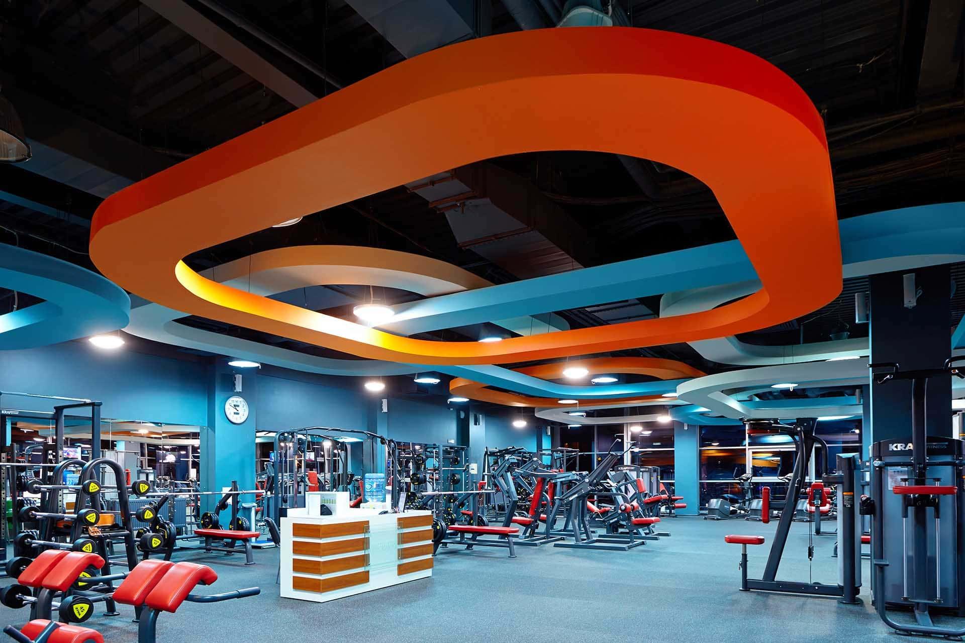 Интерьер фитнес-клуба Санта-Моника